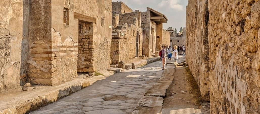 rome to pompeii day tour