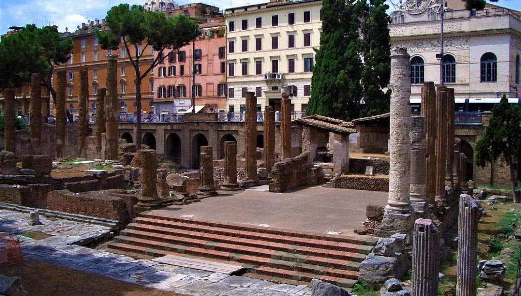 Largo-di-Torre-Argentin_Temple