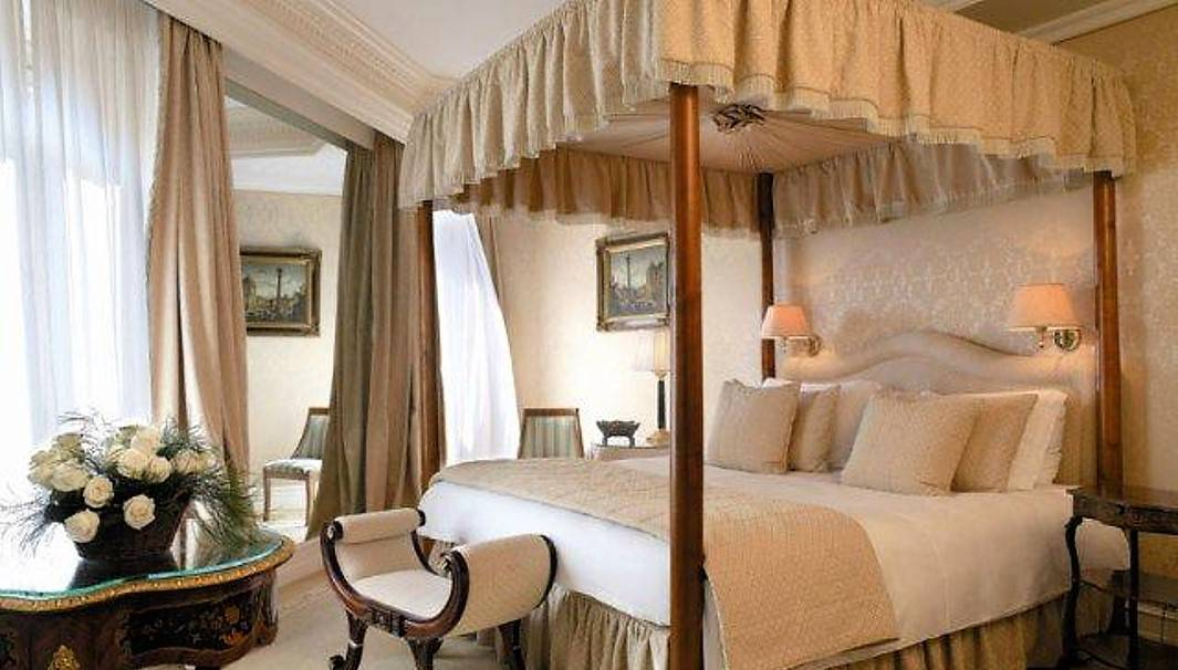 Luxury-Hotels-in-Rome_HOTEL-HASSLER-ROMA